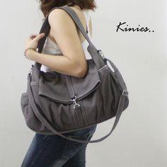 oooooooooo.... new bag?     $55 http://www.etsy.com/listing/62697849/kinies-classic-in-grey?ref=sc_23