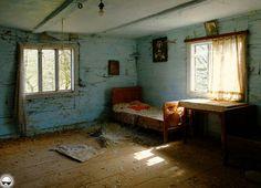 The Abandoned House 'Pale Blueness' (Poland) - Abandoned Places