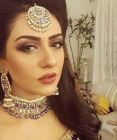 Pakistani Bridal Jewelry, Pakistani Wedding Outfits, Bollywood Jewelry, Indian Bridal Fashion, Indian Wedding Jewelry, Bridal Jewellery, Tikka Jewelry, India Jewelry, Jewlery