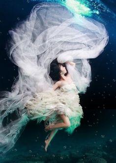 underwater wedding dress