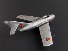 MiG-15, 1/72 by Daniel Lengyel