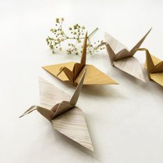 Create your own origami paper using seamless wood textures and fold these Muji-inspired minimalist paper cranes.