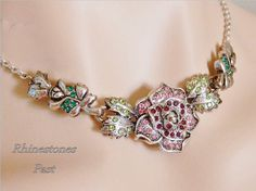 Rhinestone Rose Necklace Pink Red Green Choker by RhinestonesPast Rose Jewelry, Jewelry Art, Antique Jewelry, Vintage Jewelry, Vintage Costume Jewelry, Vintage Costumes, Red Rhinestone, Rose Necklace