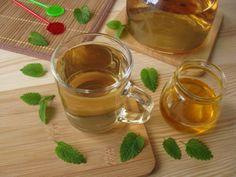 Íme a citromfűből készült finom tea titka Alcoholic Drinks, Wine, Tableware, Food, Dinnerware, Alcoholic Beverages, Tablewares, Eten, Place Settings