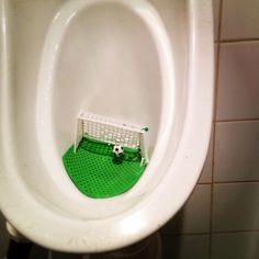 Urinal goal Amazing Bathrooms, Washing Machine, Manicure, Home Appliances, Bathroom Ideas, Goal, Soccer, Fun, Decor