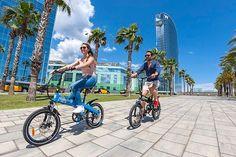 """Bicicleta eléctrica-plegable de @torrotelectric diseñada para """"surfear"""" literalmente por la ciudad Te enamorará en cuanto la uses!   Y ahora por solo 899 hasta el 6 de enero #Torrot #CitySurfer #foldingbike #ebike #ciclismo #cyclingexperience #cycling #lifestyle #bicicleta #bici #biker #bikelife #bike #bicicletaelectrica #bicicletaplegable"""