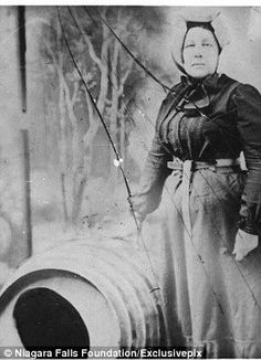 Annie Taylor the first person to go over Niagara Falls in a barrel. (1901)