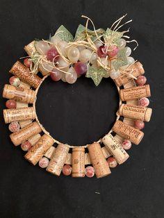 Wine Cork Wreath, Wine Cork Centerpiece, Wine Cork Ornaments, Centerpieces, Wine Cork Monogram, Wine Cork Letters, Wine Cork Art, Wine Corks, Wine Craft