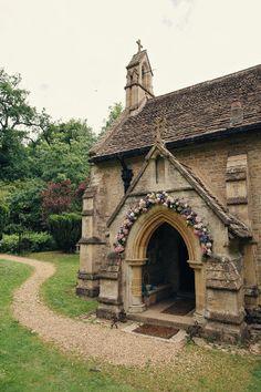 Real #wedding #venue ideas http://www.weddingandweddingflowers.co.uk/article/468/real-wedding-venue-ideas