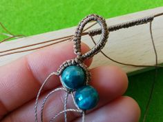 Macramé bracelet tutorial. Great looking wide bracelet. It's always fun to see what tools people come up with to create their macramé pieces. The cake in the final picture looks delicious!