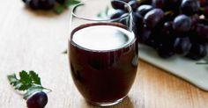 Além de melhorar a circulação sanguínea, proteger o coração de doenças cardiovasculares, aumentar a imunidade do organismo e trazer longevidade, o suco de uva integral ainda é conhecido por ajudar no processo de emagrecimento. Vale ressaltar, no entanto, que a bebida precisa ser 100% natural para garantir todos