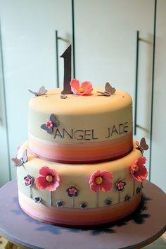 1 year old Birthday Cake by kylie lambert (Le Cupcake), via Flickr