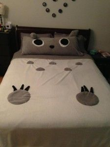 How to Make Your Bed Into Totoro @Ashley Sperber!! I really think Eric would be on board with this! :)