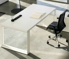 Meble gabinetowe | Biurka stoly | Meble | Steelcase - rozwiązania biurowe, krzesła biurowe, biurka, szafy biurowe, sale konferencyjne