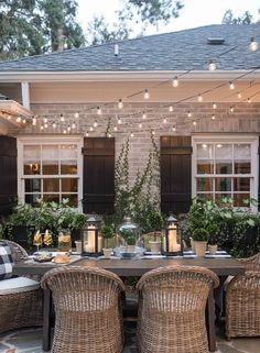 28 Delightful backyard design ideas for summertime inspiration, patio designs ideas – outdoor living space designs Outdoor Rooms, Outdoor Furniture Sets, Outdoor Decor, Outdoor Lighting, Outdoor Patio Designs, Furniture Ideas, Outdoor Patio Decorating, Garden Lighting Ideas, White Wicker Patio Furniture