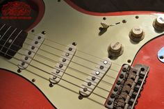 Arty's relic aged Custom Shop Guitars Gallery, prewired Kit Harness Assembly, wiring Diagram Telecaster Stratocaster P Bass J Bass Les Paul jr. Les Paul Jr, Guitar Shop, Gibson Guitars, Custom Guitars, Ash, Music Instruments, Gallery, Gray