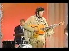 Classic! Very early Neil Young & Stephen Stills, Buffalo Springfield - For What It's Worth / Mr Soul live