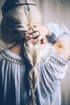 25 Cute Boho Hairstyles You Also Can Try