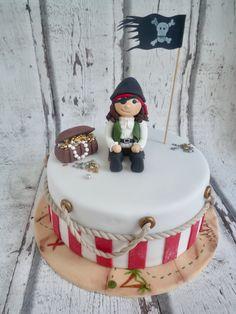 Little fondant pirate piratecake Fondant, Cake Designs, Birthday Cake, Cake Ideas, Desserts, Food, Dessert Ideas, Wedding Pie Table, Sugar