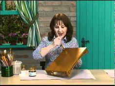 ▶ Bandeja envelehcida com purpurina ouro e toalhinha Daiara - YouTube