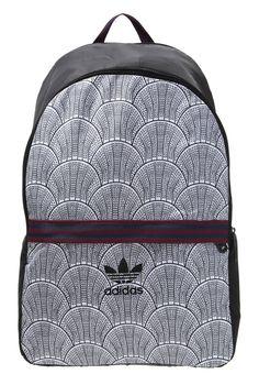 Tilaa ilman lähetyskuluja adidas Originals Reppu - black : 47,95 € (4.4.2016) Zalando.fi-verkkokaupasta.