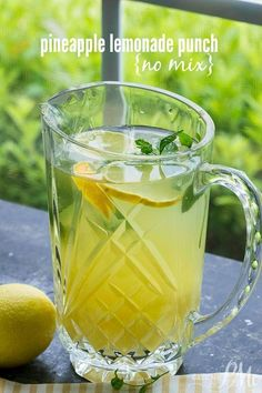 Life is short, make your drinks sweet! The PINEAPPLE LEMONADE PUNCH recipe is a simple recipe. it's a great sipping or after dinner drink for those times you want a simple, smooth, light beverage. Punch Recipes, Tea Recipes, Drink Recipes, Cookbook Recipes, Recipes Dinner, Potato Recipes, Cocktail Recipes, Asian Recipes, Breakfast Recipes