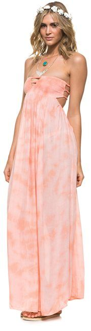 Maxi dress - gorgeous! @SWELL Style