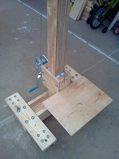 Related Posts:AW Extra – Lift the panels securely with your best cabin style design ideas Wood Tools, Diy Tools, Woodworking Jigs, Woodworking Projects, Attic Lift, Wood Crafts, Diy And Crafts, Home Projects, Projects To Try