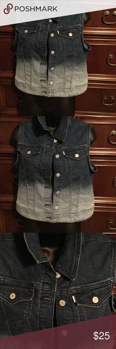 Levis Denim Vest Levis beautiful vest brand new 2 tone color!! Levi's Jackets & Coats Vests