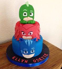 Pj Masks Cake By Cakesbyme Shared Birthday Parties, Pj Masks Birthday Cake, Festa Pj Masks, Minecraft Birthday Cake, Mask Party, Third Birthday, Superhero Party, Tulip, Cupcakes
