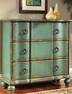 Narbonne Chest