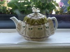 Pattern: Owl Man Tea Cosy by DathuilDesigns on Etsy