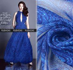 ab13f0d81bf3 US  17.5  Großhandel 1 Meter (Breite 135 cm) 100% Real Maulbeerseide Chiffon  Print Blau Paisley Muster Stoff Für Kleid DIY Nähen in Großhandel 1 Meter  ...