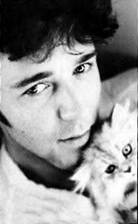When life is just too much here is a picture of Russell Crowe with a kitty. @Diane Haan Lohmeyer Harris
