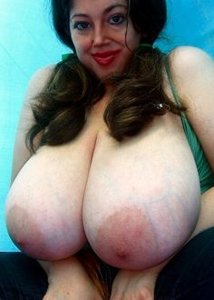 Chubby mature natural huge juggs would lapping