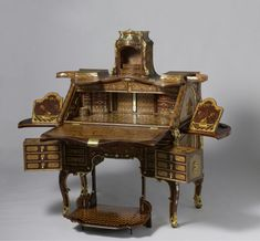 """""""Writing Desk"""" by Abraham Roentgen, made in Germany. It is on loan from the Rijksmuseum, Amsterdam for the Metropolitan Museum of Art show """"Extravagant Inventions: The Princely Furniture of the Roentgens,"""" which runs through Jan. Rustic Furniture, Luxury Furniture, Antique Furniture, Furniture Design, Outdoor Furniture, European Furniture, Western Furniture, Furniture Ideas, Antique Desk"""