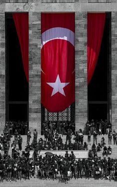 life is strange, aliens are even stranger . Turkish National Anthem, Mobile Wallpaper, Iphone Wallpaper, Ottoman Flag, Turkey Flag, Turkish Army, Turkish Military, Republic Of Turkey, Life Is Strange