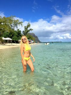 Mauritius- welcome to paradise – Sunny Blonde Woman Turquoise Blue Color, Flight And Hotel, Snorkelling, Blonde Women, Happy Animals, Catamaran, Sandy Beaches, Mauritius, Walk On