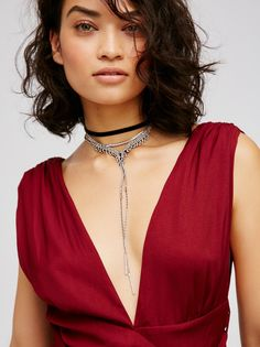Florence Velvet Choker Bolo | Multi-layered velvet choker necklace with a bolo style metal chain that is adorned with sparkly glass stones. Adjustable lobster clasp closure.