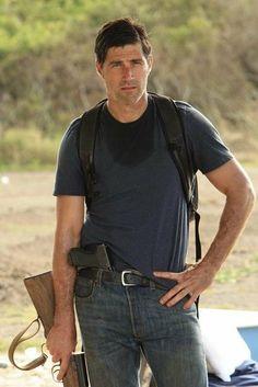 Matthew Fox-Man I miss LOST.  Best television show E.V.E.R.