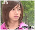 Heechul the drama queen. I totally make this face sometimes. #gif