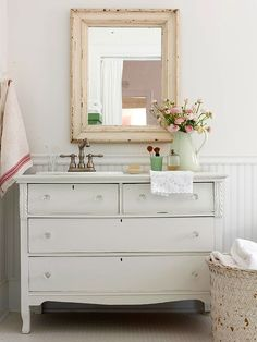 like the old dresser as a vanity