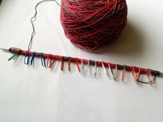 Place marker every 25 or 25 stitches when you cast on large number od stitches. Knitting Help, Crotchet, Markers, Stitches, It Cast, Number, Style, Swag, Sharpies
