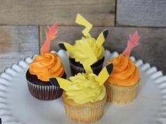 Pikachu and Charmander Cupcakes using sugar paste or gum paste
