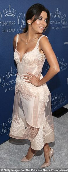 Best dressed @ 2014 Princess Grace Awards Gala | Eva Longoria in a blush Gabriela Cadena dress with a sheer skirt overlay and nude Brian Atwood patent pumps