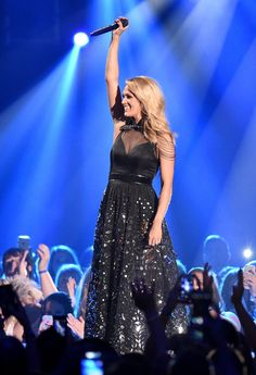 Carrie Underwood Makes a Flawless Postbaby Appearance at the CMT Awards!: Carrie Underwood made her first public postbaby appearance at the CMT Awards in Nashville on Wednesday.
