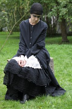 look in to.... PRIVATSACHEN sustainable dresses for 30 years ...silk, linen, cotton; handdyed in Hamburg