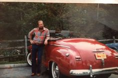 Hello my father Robert E Lee passed away on December 7,2016 at86. He was a very nice, caring, generous, loving man. He loves taking caring of people. He was a man that would give you his last. He loved his kids and grandkids. We are raising money for his funeral arrangements. Anything you are abl...