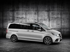 First Class: Mercedes-Benz V-Class AMG Set to. - First Class: Mercedes-Benz V-Class AMGSet to debut at the Frankfurt Motor Show next month, the V-Class AMG Line marks the first time an AMG Line package has been offered on a model of the. Mercedes Benz Viano, Mercedes Amg, Mercedes Vito Camper, Auto Motor Sport, Motor Car, M Benz, Ac Schnitzer, Outdoor Survival Gear, Mercedez Benz