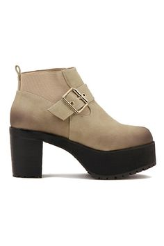 Bootie LOVE! Sand and Black Color Pin Buckled Platform Ankle Boots #Sand #Suede #Booties #Fall #Fashion #Boot #Trends
